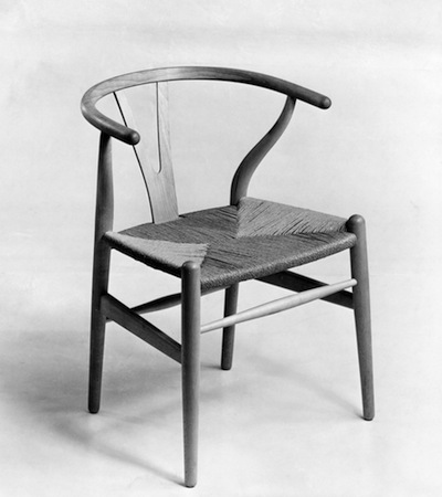 CH24 Wishbone Chair. Photo source: Designmuseum DK.