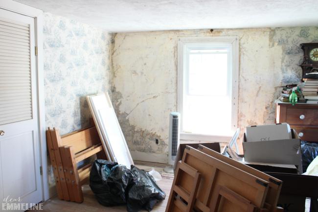 Boys Room Before Toward Window