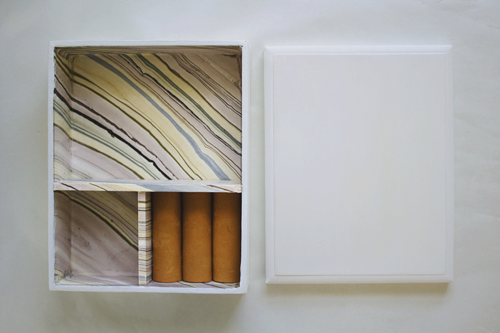 How to Make a Jewelry Box From A Cigar Box