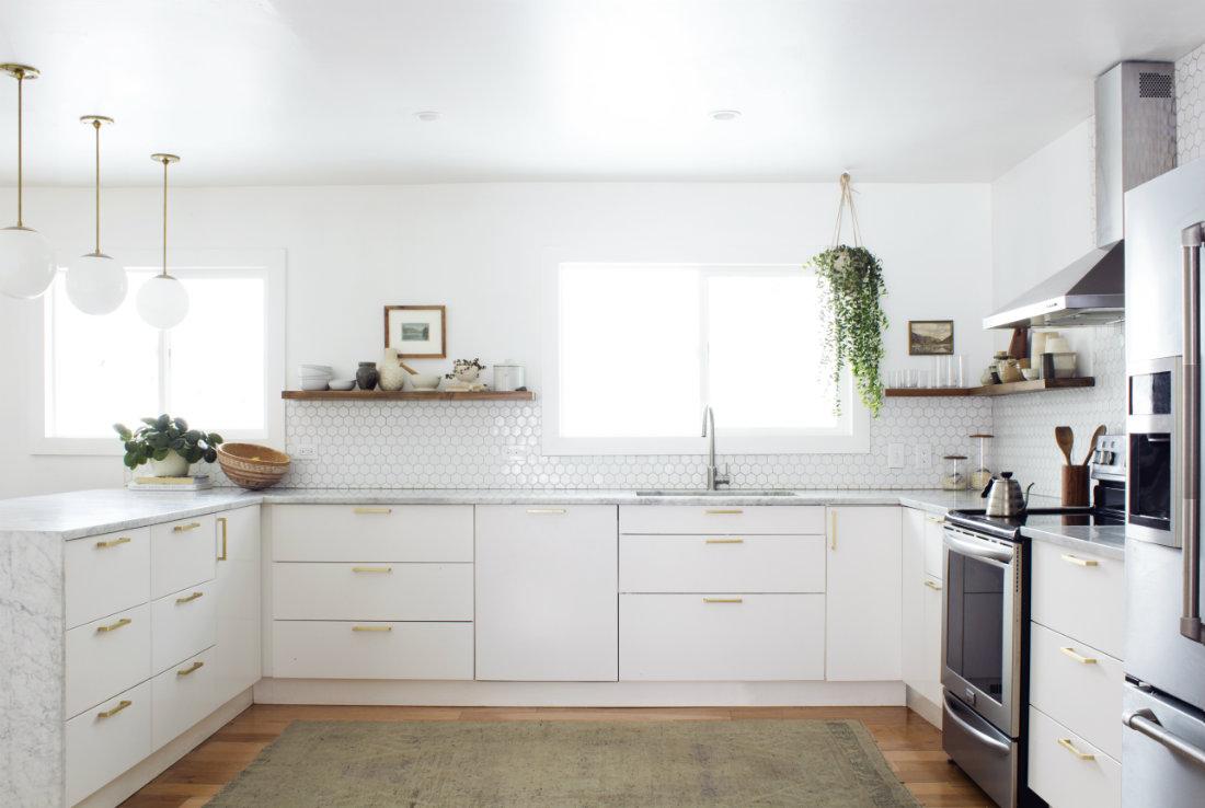 annabode-interior-design-hexagon-backsplash-kitchen