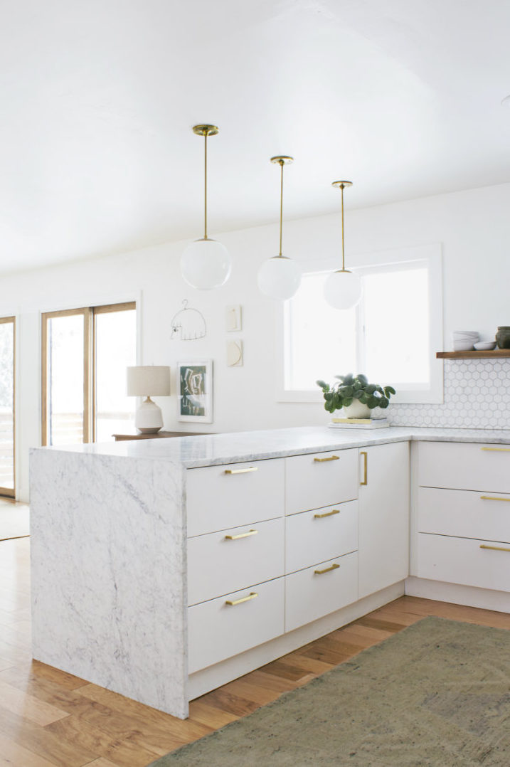 annabode-interior-design-marble-kitchen-colorado