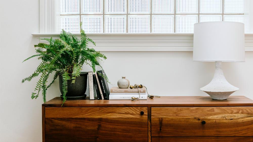 closeup-living-room-table-annabode-2