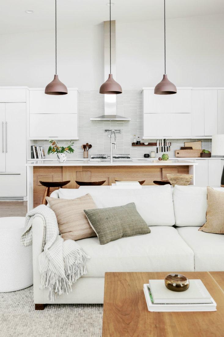anna-smith-interior-design-couch