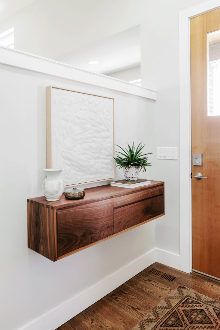 floating-cabinet-front-door-entry-table