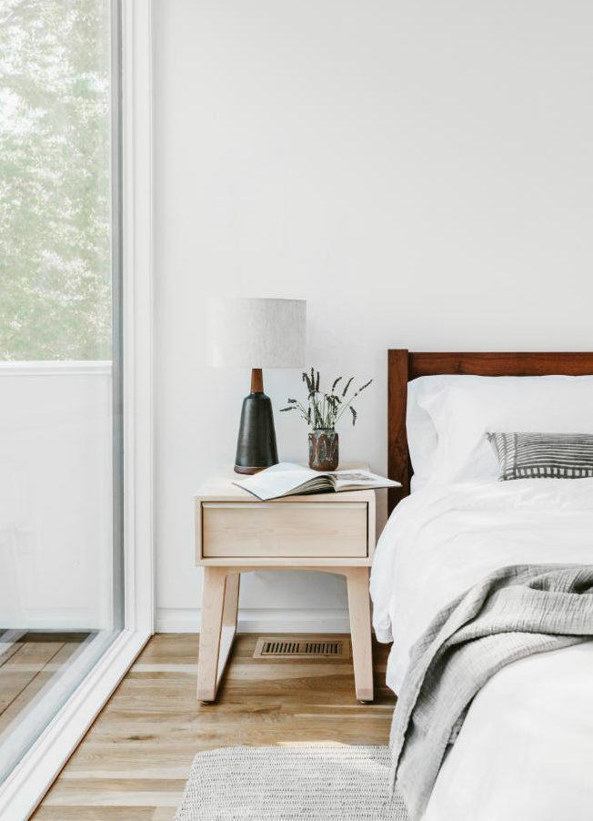bedroom-nightstand-interior-design-annabode-2