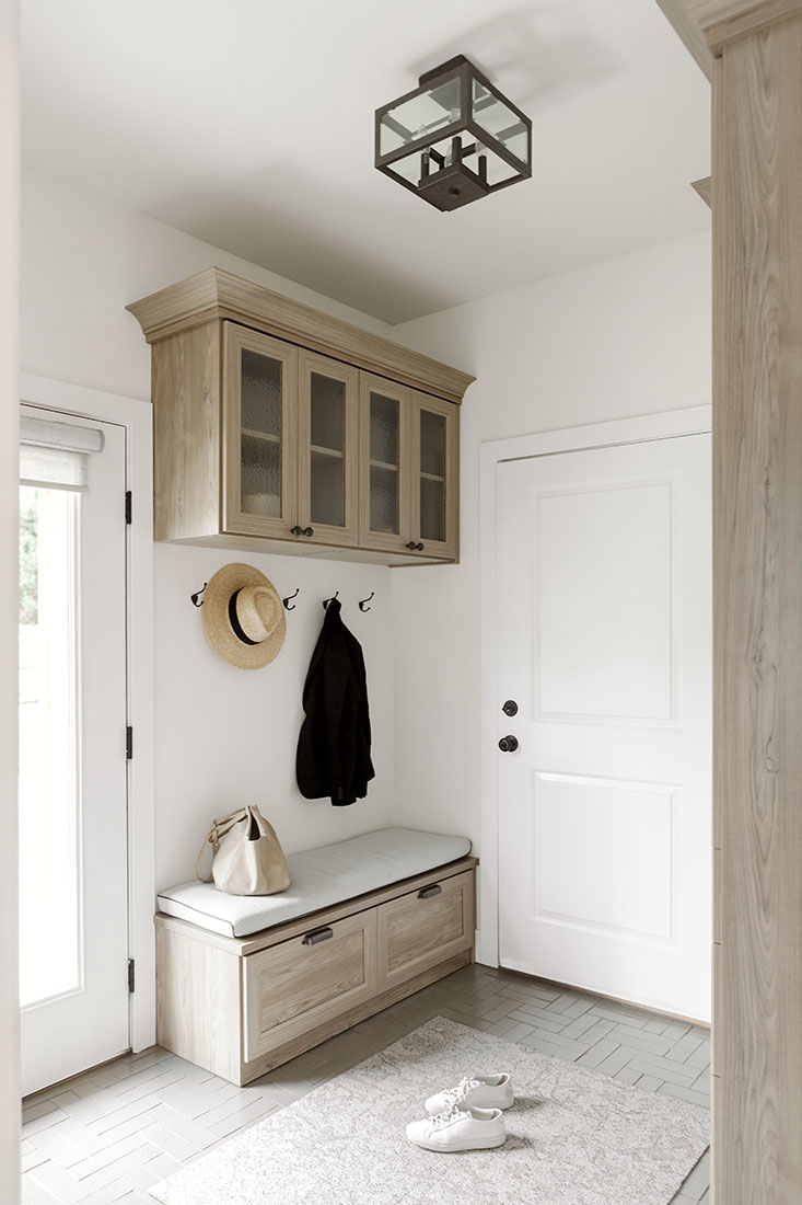 annabode-interior-design-mudroom-golden-co
